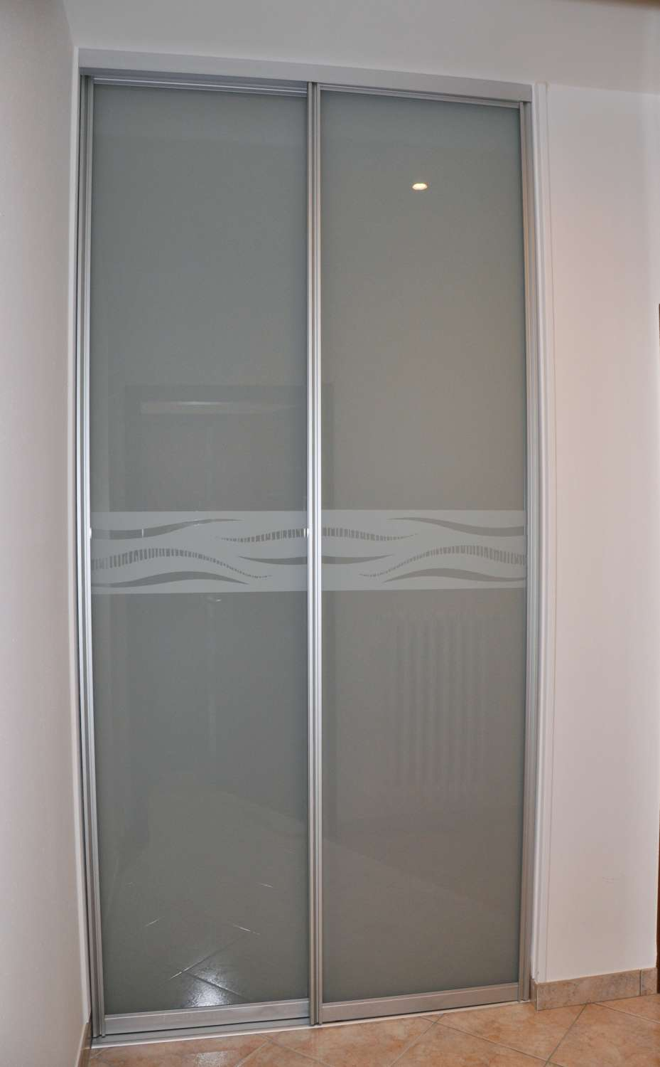 Porta Scorrevole 3 Ante Sovrapposte.Mazzoli Glass Doors Various Solutions For Glass Doors And