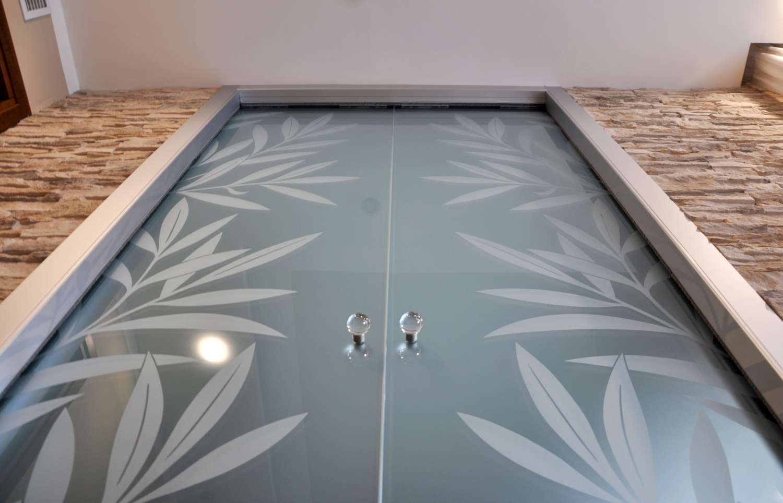 Doppia porta vetro acidato decoro Kenzia laterale effetto traslucido scorrevole a scomparsa stipite fly alluminio (13)-1500