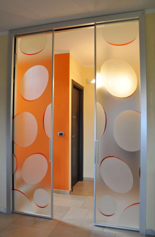 Doppia scorrevole interno muro MITIKA 45 alluminio vetrate con decoro bolle vetro satinato maniglie X11 (15)-1500